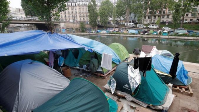 pariz-migrantski-kampi-stmartin